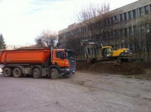 Lucrari de excavatii terasamente de la Sami Rombranch Srl