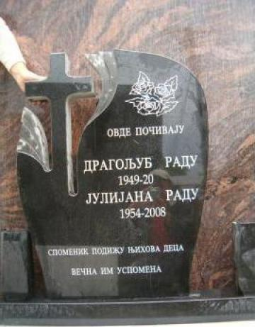 Monumente funerare, cruci marmura / granit de la Sc Marmurar Srl