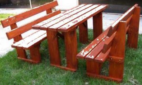Masa cu bancute de la Sc City Park Srl