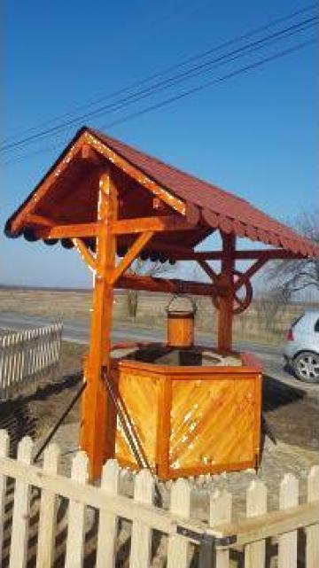 Fantana din lemn de la Ygrocris Dorally Steel Srl