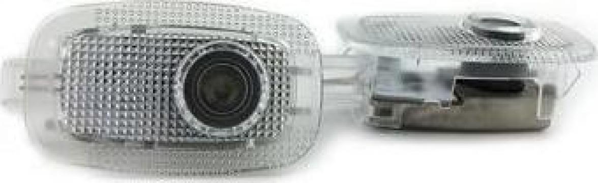 Set proiectoare logo Mercedes pentru iluminat sub portiera