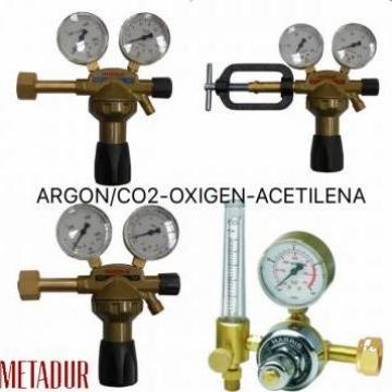 Reductor regulator argon CO2 oxigen acetilena de la Metadur Weld Sistem Srl