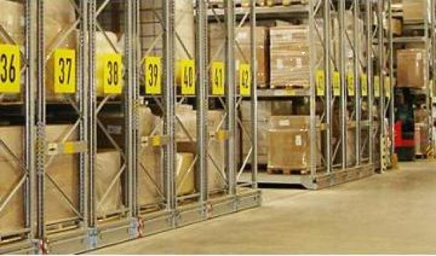 Rafturi mobile Movo pentru depozitare paleti de la Dexion Storage Solutions Srl