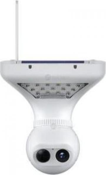 Lampa LED solara cu camera monitorizare HD integrata de la Ideastore Srl.