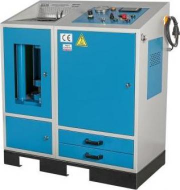 Masina de sertizat furtunuri hidraulica - HCP 101 de la Proma Machinery Srl.