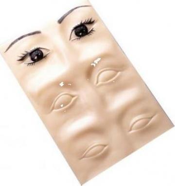 Piele sintetica 3D sprancene de la Bliss Cosmetics