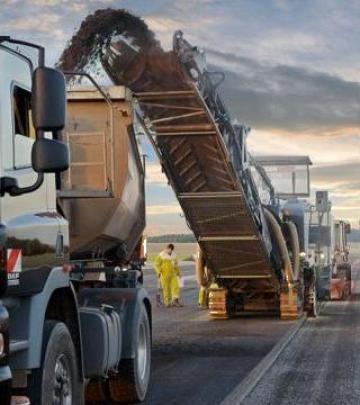 Benzi transportoare din cauciuc pentru freza asfalt de la Ikosar Srl