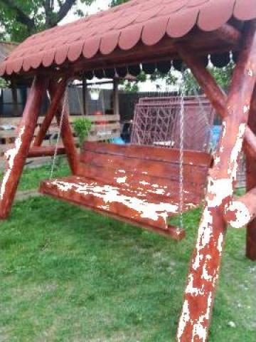 Balansoar rustic din lemn rotund de brad de la PFA Tanase Victor