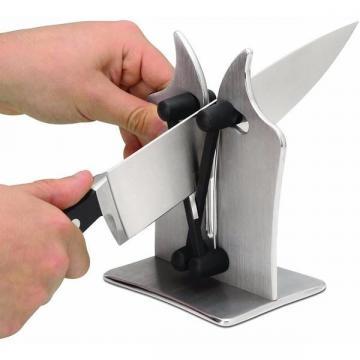 Dispozitiv manual pentru ascutit cutite, foarfece