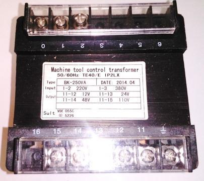Transformator 220V 380V