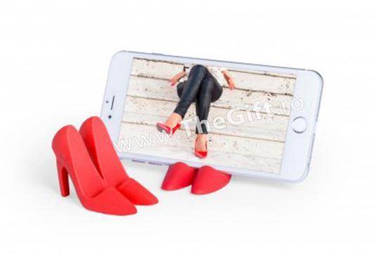 Suport pentru telefon, in forma de pantofi de dama