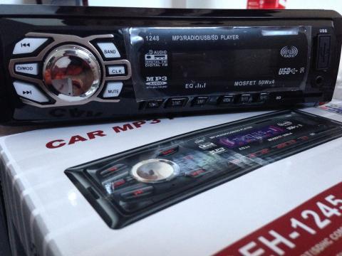 Casetofon MP3 auto DEH-1280
