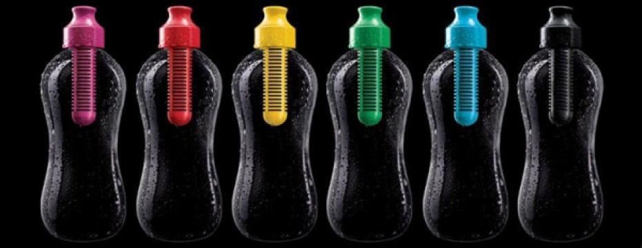 Sticla de apa cu filtru de carbon incorporat