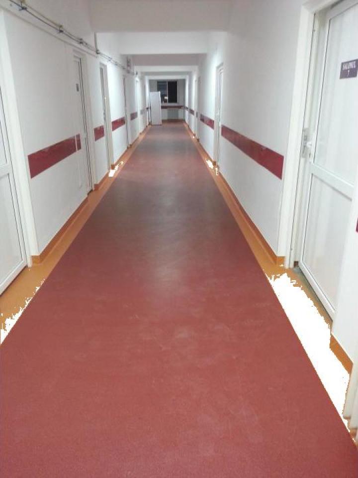 Montaj covor PVC Spitalul Campina