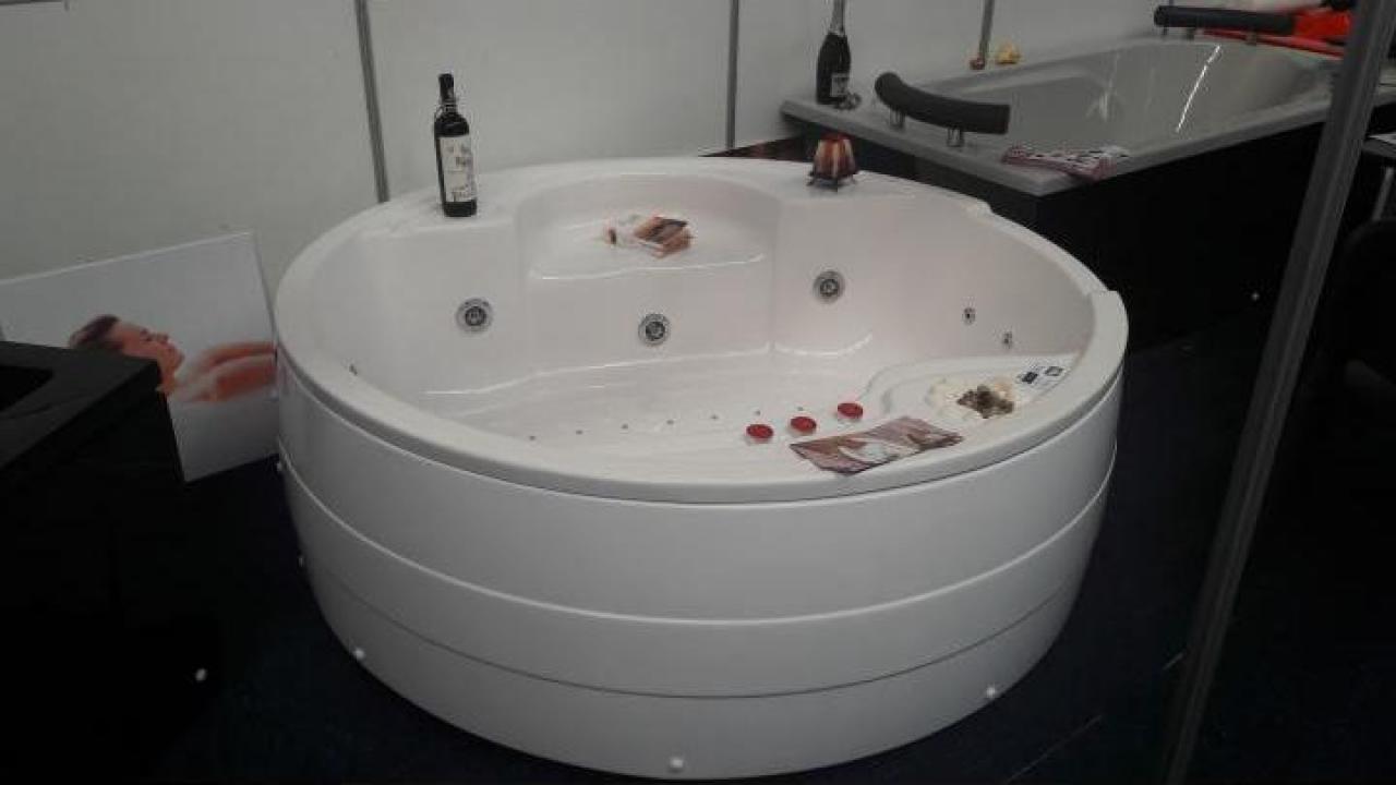 Cada baie rotunda diametru 1550 mm