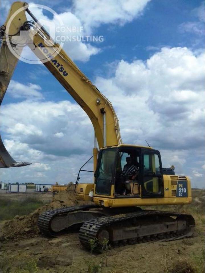 Excavator pe senile Komatsu