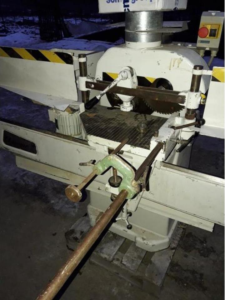 Masina de cepuit si frezat la capat